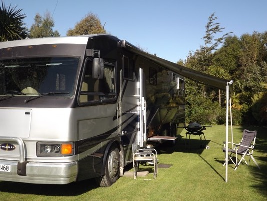 A Class 38ft Rv In New Zealand For Swap In Usa Canada Or